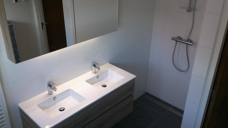 Badkamer afgemonteerd Zegveld
