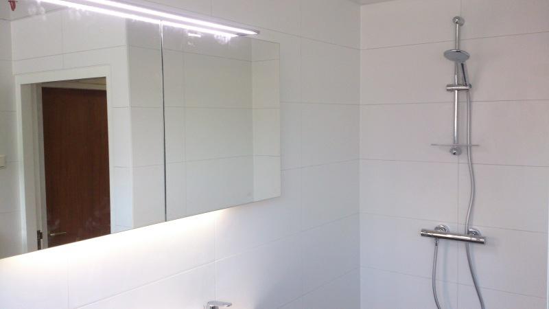 Badkamer afgemonteerd